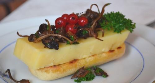 Rostad baguette med ost och svamp