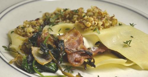 Öppen lasagne med spenat och svamp