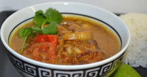 Momas Tobagokyckling med fruktig salsa