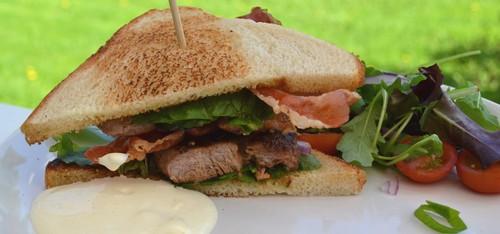 Club Sandwich med fläskfilè