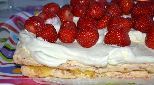 Smarriga tårtor till midsommar!