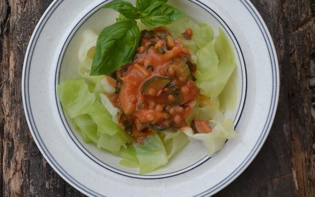 Tomatsås med mycket grönt