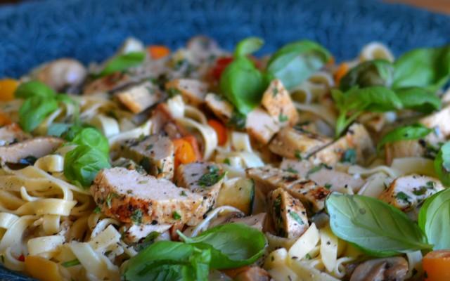 Pasta med quorn och grönsaker