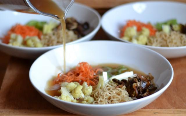 Ramen, soppa med nudlar och grönsaker!