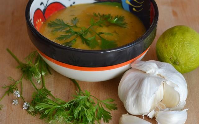 Potatis och morotssoppa med asiatiska smaker