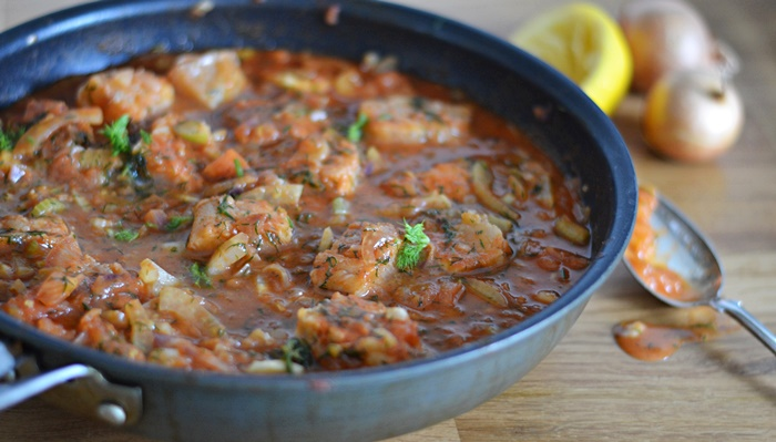 fisk med tomat